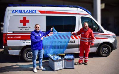 WNSC stellt dem Roten Kreuz 1.111 Regenponchos zur Verfügung