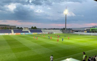 Nach 4 ½ Monaten rollte wieder der Ball in der Wiener Neustadt Arena